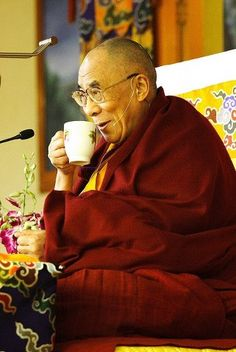 Tea break for the Dalai Lama.