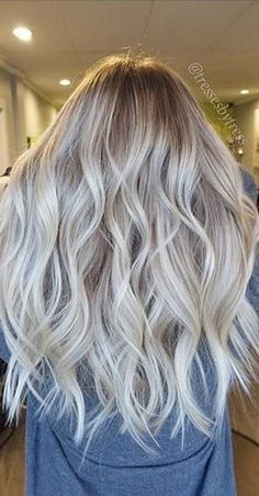 15 Long Blonde Hair Color Ideas for Stylish Ladies: #7.