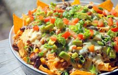 Nacho Cheese (Recept Sonja Bakker) – Food And Drink Veggie Nachos, Chicken Nachos Recipe, Nacho Cheese, Macaroni And Cheese, Mexican Food Recipes, Healthy Recipes, Healthy Food, Dinner Recipes Easy Quick, Easy Cooking