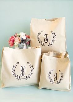Bridesmaids Tote Bag, Monogrammed Gift for Bridesmaid, Personalized Thank You Gift, Canvas Tote Bag, Monogram Tote Bags, Monogram Gifts, Canvas Tote Bags, Bridesmaid Tote Bags, Bridesmaid Gifts, Personalized Thank You Gifts, Personalized Tote Bags, Diy Cadeau, Diy Tote Bag