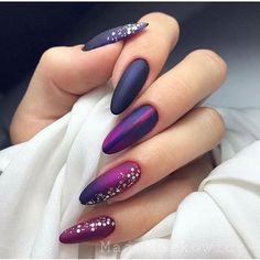 Mesmerizing Ombre Nail Art Ideas Matte acrylic nails coffin or matte acrylic nails almond shape there is a suitable idea for any shape! Matte Acrylic Nails, Mauve Nails, Almond Acrylic Nails, Purple Nails, Gradient Nails, Indigo Nails, Acrylic Gel, Holographic Nails, Trendy Nail Art