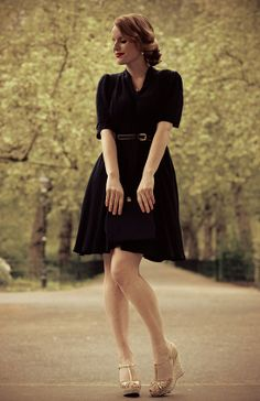 151f8976f8 Classic little black dress. A picture of sophistication. Fantasia Vintage · Vintage  Style Inspiration