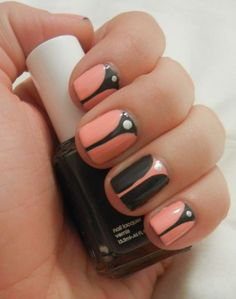 V-gap Nails, this is HOTT!  I must try:)
