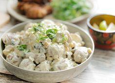 Best Ever Potato Salad, Best Potato Salad Recipe, Potato Recipes, Enchiladas, Salad Recipes With Bacon, Lunch Restaurants, Veggie Kabobs, Mozzarella Salad, How To Cook Potatoes