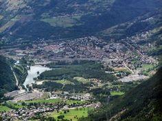 Vue de bourg saint maurice guide du tourisme de la savoie rhone alpes