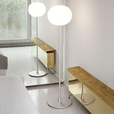 Glo-Ball F: Discover the Flos standard lamp model Glo-Ball F