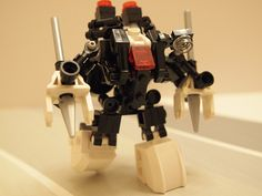 "OL-40 ""Opus"" - Multi-Envoirnment Labor Frame by LowestForm0fWit, via Flickr"