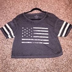 American flag crop top Brand new without tags, never worn American Eagle Outfitters Tops Crop Tops