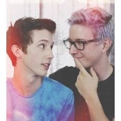 Troye Sivan & Tyler Oakley there is shall I say chemistry in this photo? lol