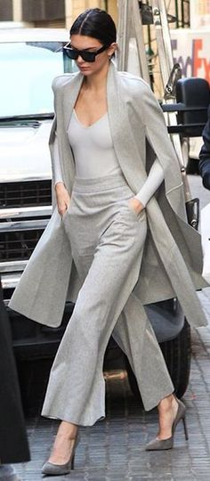 Style Work Outfit Kendall Jenner 41 New Ideas Fashion Mode, Office Fashion, Work Fashion, Womens Fashion, Fashion Trends, Mode Outfits, Casual Outfits, Fashion Outfits, Casual Blazer