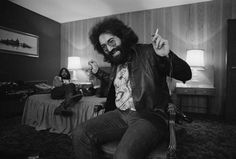 In addition to being a musician and visual artist, Jerry Garcia loved scuba diving and comic books. | 25 Reasons To Be Grateful For The Dead