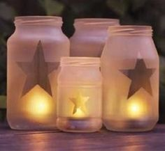 DIY Craft - Frosted glass look. Just create your own shape with contact paper.spray with frosted glass spray paint.then peel of your contact paper shape.and voila! Bottles And Jars, Glass Jars, Etched Glass, Candle Jars, Juice Bottles, Glass Candle, Glass Etching, Clear Glass, Diy Garden Projects
