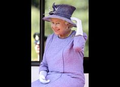 Elisabeth II: 60 ans de chapeaux et de tenues pour son jubilé de diamant