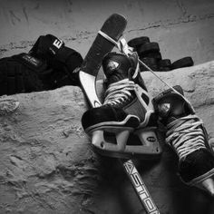Up - A Hockey Still Life Hockey: Three years ago I didn't know anything about it, now hockey is my favorite sport to watch.Hockey: Three years ago I didn't know anything about it, now hockey is my favorite sport to watch. Blackhawks Hockey, Hockey Mom, Hockey Teams, Chicago Blackhawks, Hockey Players, Hockey Stuff, Hockey Girls, Flyers Hockey, Funny Hockey