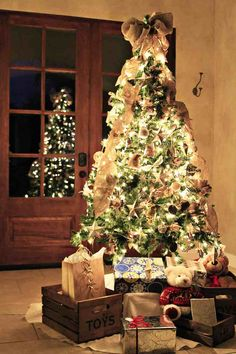@MichaelsStores Dream Tree Challenge by Lil Blue Boo #Christmas #holiday #tree