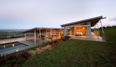 exposed Steel structure  | ... Slope Home features Exposed Steel Elements | Modern House Designs
