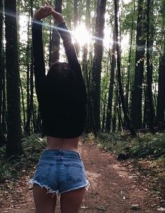 hiking pictures couple and hiking pictures fran Foto Casual, Insta Photo Ideas, Tumblr Girls, Picture Poses, Photo Poses, Picture Ideas, Girl Photography, Photography Lighting, Photography Editing