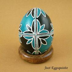 Pysanky Pisanki Ukrainian Polish Easter Egg Teal Tulip Opposite Hand Decorated Chicken Egg