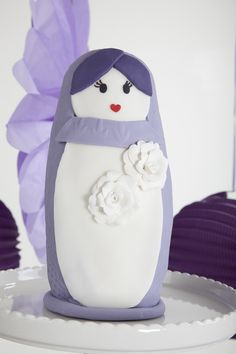 babushka doll cake...add to my collection :D