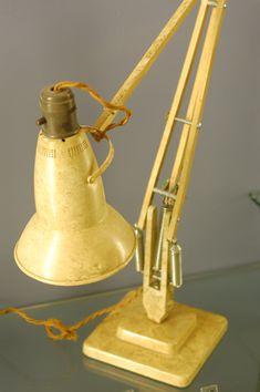 Diy Lamps, Wood Lamps, Pixar, Desk Lamp, Table Lamp, Anglepoise Lamp, Lamp Design, Decorative Bells, Lights