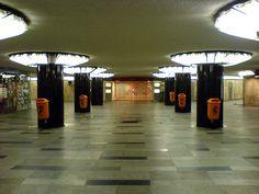 Astoria subway station, Budapest - cleanest subway station ever