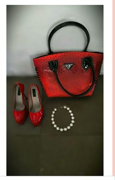 Styling with Pumps and bag goes with the fusion of fun and chic style that we wanted to get here