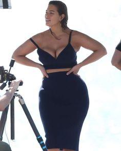 Ashley Graham in black bra and pencil skirt on a photoshoot in Florida Keys #wwceleb #ff #instafollow #l4l #TagsForLikes #HashTags #belike #bestoftheday #celebre #celebrities #celebritiesofinstagram #followme #followback #love #instagood #photooftheday #celebritieswelove #celebrity #famous #hollywood #likes #models #picoftheday #star #style #superstar #instago #ashleygraham