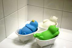 いっしょに湯船に浸かれば、ポッと光る動物たち | roomie(ルーミー)
