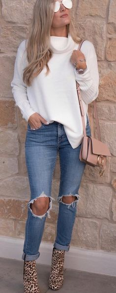 40 Winter Outfit Ideas That Are Genius Choice - #winteroutfits #winterstyle #winterfashion #outfits #outfitoftheday #outfitideas