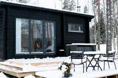 Tiny House, Garage Doors, Cottage, Windows, Outdoor Decor, Summer, Home Decor, Home, Kitchens
