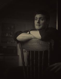 Beautiful black and white Dean gif