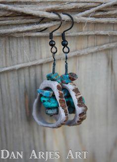Items similar to Turquoise Drop Antler Earrings on Etsy Deer Antler Jewelry, Deer Antler Crafts, Hunting Crafts, Antler Art, Antler Necklace, Deer Antlers, Wooden Jewelry, Beaded Jewelry, Handmade Jewelry