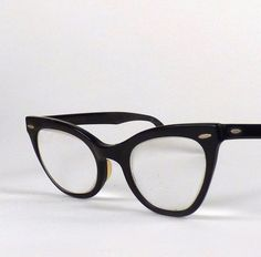 Vintage Cat Eye Glasses Black Miss my glasses. Had a pair in the early 90s