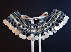 Free pattern for necklace Samira with coins Click on link to get pattern - http://beadsmagic.com/?p=5825