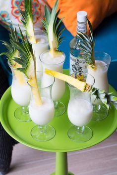 PIÑA COLADA Ingredientes 1 lata de leche evaporada 1 lata de crema de coco 1 taza de Jugo de piña 120 mililitros de ron blanco 1 rebanada de piña natu... - Alexa Luna - Google+