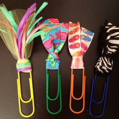 Jumbo paperclip bookmarks