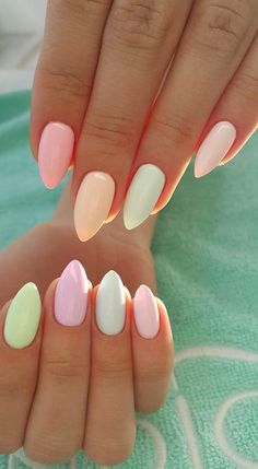 Easy Spring Nails & Spring Nail Art Designs To Try In Pastel Spring Nails. Simple spring nails colors for acrylic nails, gel nails and shellac spring nails. These easy Spring nail art ideas with pastel colors are a must try. Spring Nail Art, Nail Designs Spring, Spring Design, Easter Nail Designs, Cute Nails For Spring, Summer Shellac Designs, Almond Nails Designs Summer, Gel Polish Designs, Hair And Nails