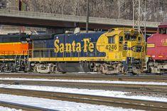 Bnsf Railway, Burlington Northern, Locomotive, Santa Fe, Pigs, Trains, Yard, Colorful, Eye
