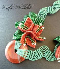 bouganville beads necklace macrame beads by Martha Mollichella - Lacasinaditobia Lacasinaditobia