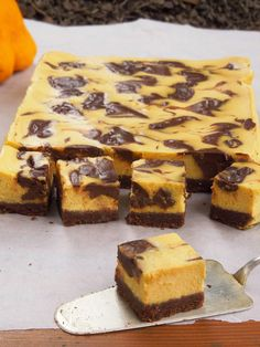 Live to Bake: Tekvicový koláč s čokoládou Sweet Cakes, Tea Time, Banana Bread, Sweet Tooth, Goodies, Baking, Live, Recipes, Food
