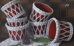 22. Кашпо | 1 049 фотографий Newspaper Basket, Newspaper Crafts, Diy Crafts Hacks, Diy And Crafts, Braid Patterns, Paper Weaving, Mini Craft, Sewing Baskets, Flower Girl Basket