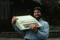 Steve Wozniak designer of the Apple I and II series shows off an Apple IIe. And a great belt buckle. Roger Ressmeyer/CORBIS Steve Wozniak designer of the Apple I and II series shows off an Apple IIe. And a great belt buckle. Apple Iie, Steve Wozniak, Computer Workstation, Mac Pc, Old Computers, Steve Jobs, Cool Gadgets, Creative, Belt Buckle