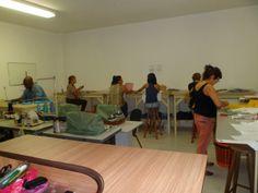 ESCOLA DE MODA PAULISTANA: Novo Curso: Consertos e Ajustes de Roupas