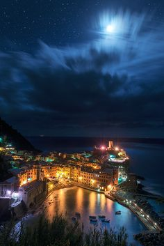 'Starry Night' by Max Foster via 500px Nighttime in beautiful Cinque Terre, Italy