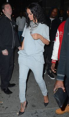 rihannanavyhn: Rihanna in NYC last night - https://www.luxury.guugles.com/rihannanavyhn-rihanna-in-nyc-last-night/