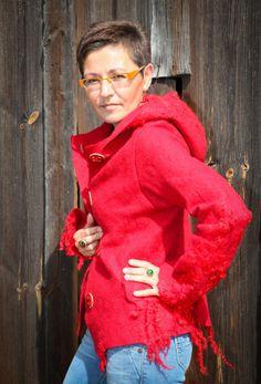 Energetic hand felted red jacket with hood by PrzystanekRekodzielo, zł750.00
