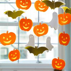 Decorar una fiesta de Halloween con cortinas de calabaza | Manualidades de hogar