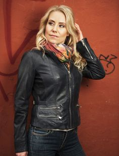 """Jill"" collarless short jacket made of smooth lamb leather. Spring 2014"