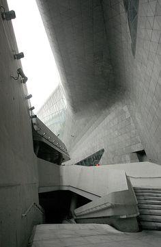 Guangzhou Opera House  Zaha Hadid Architecture