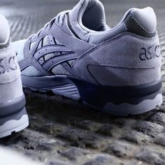 "Asics Gel Lyte V ""Lights Out"" Available at NOIRFONCE  #Asics #asicsgellytev #gellyte5 #gellytev #asicsteam #sneakers #kotd #sneakernews #solecollector #madrid #Malasaña #NOIRFONCE"